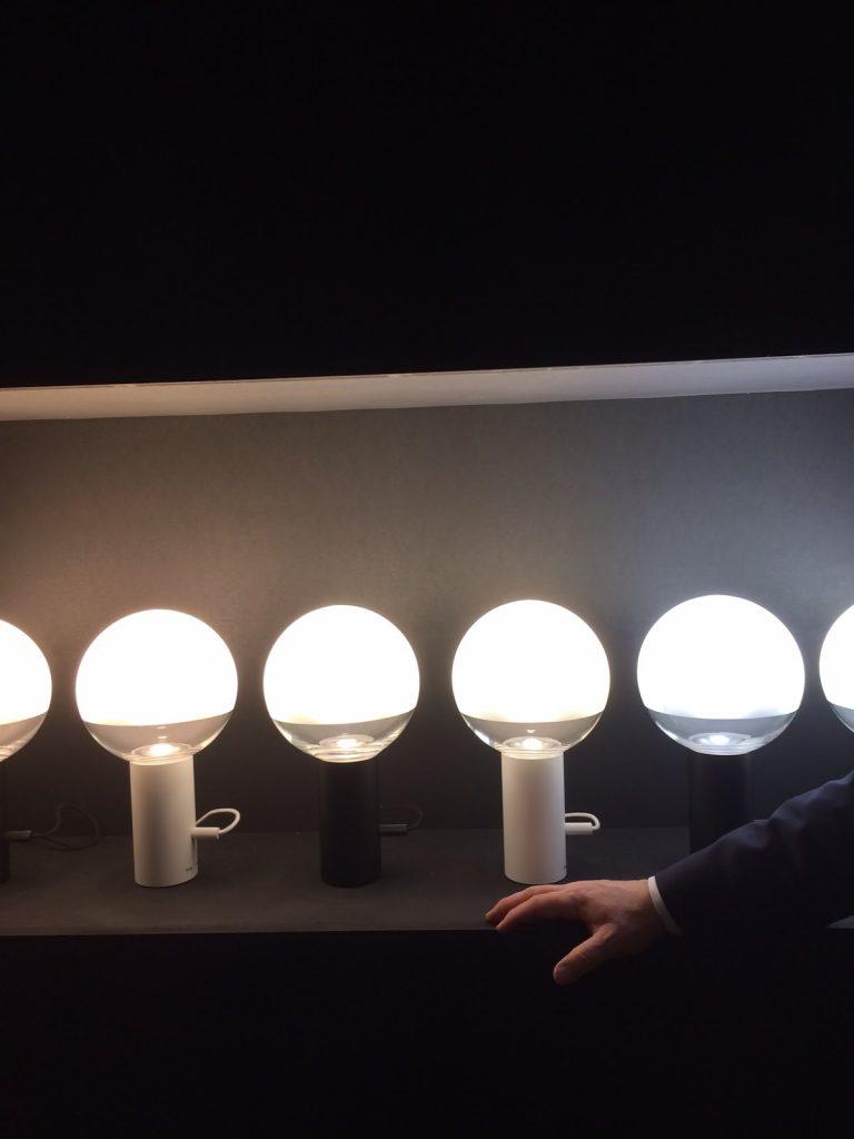 thong design lamp