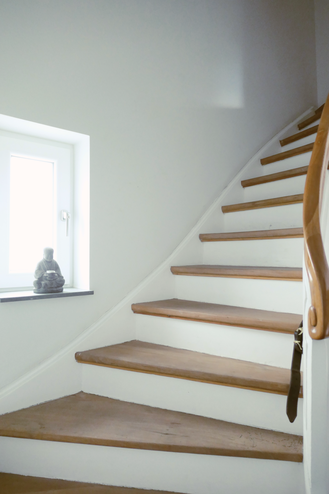 old wooden stairs with wooden banister - decorating - hometour