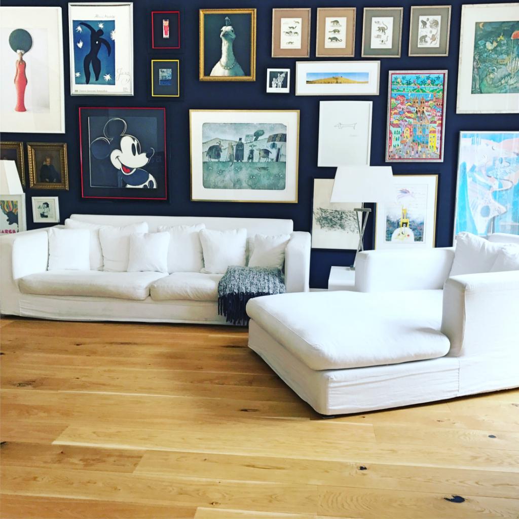 Kunstgalerie im Wohnzimmer