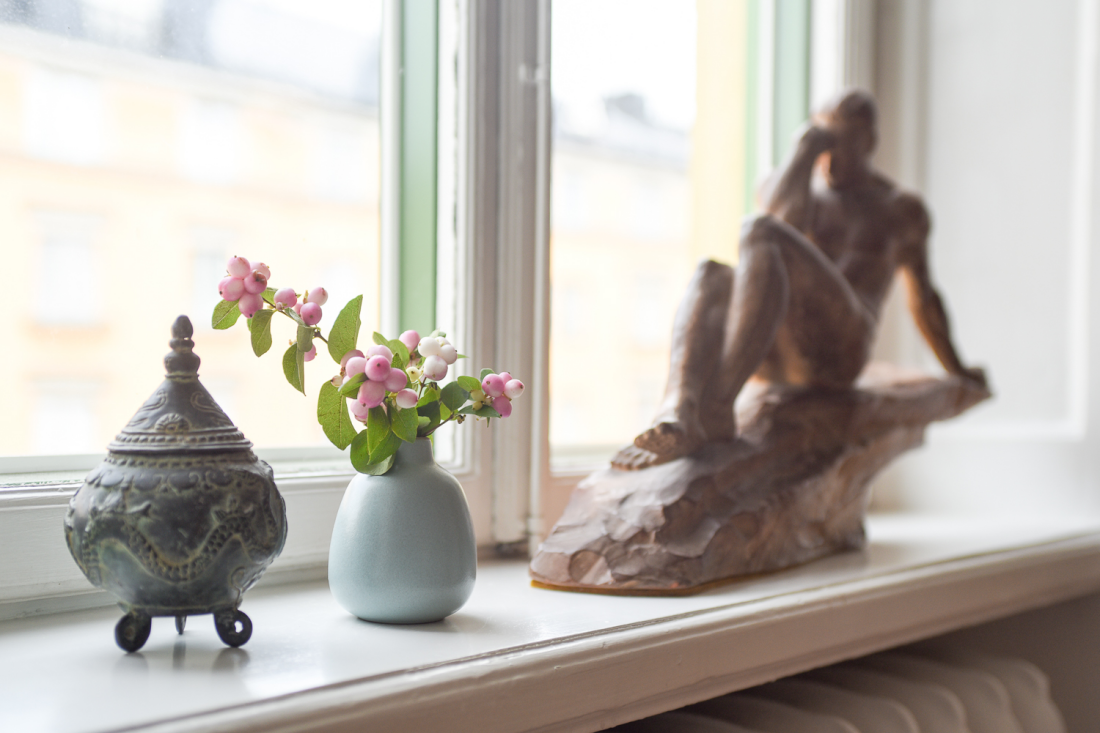 window sill decor